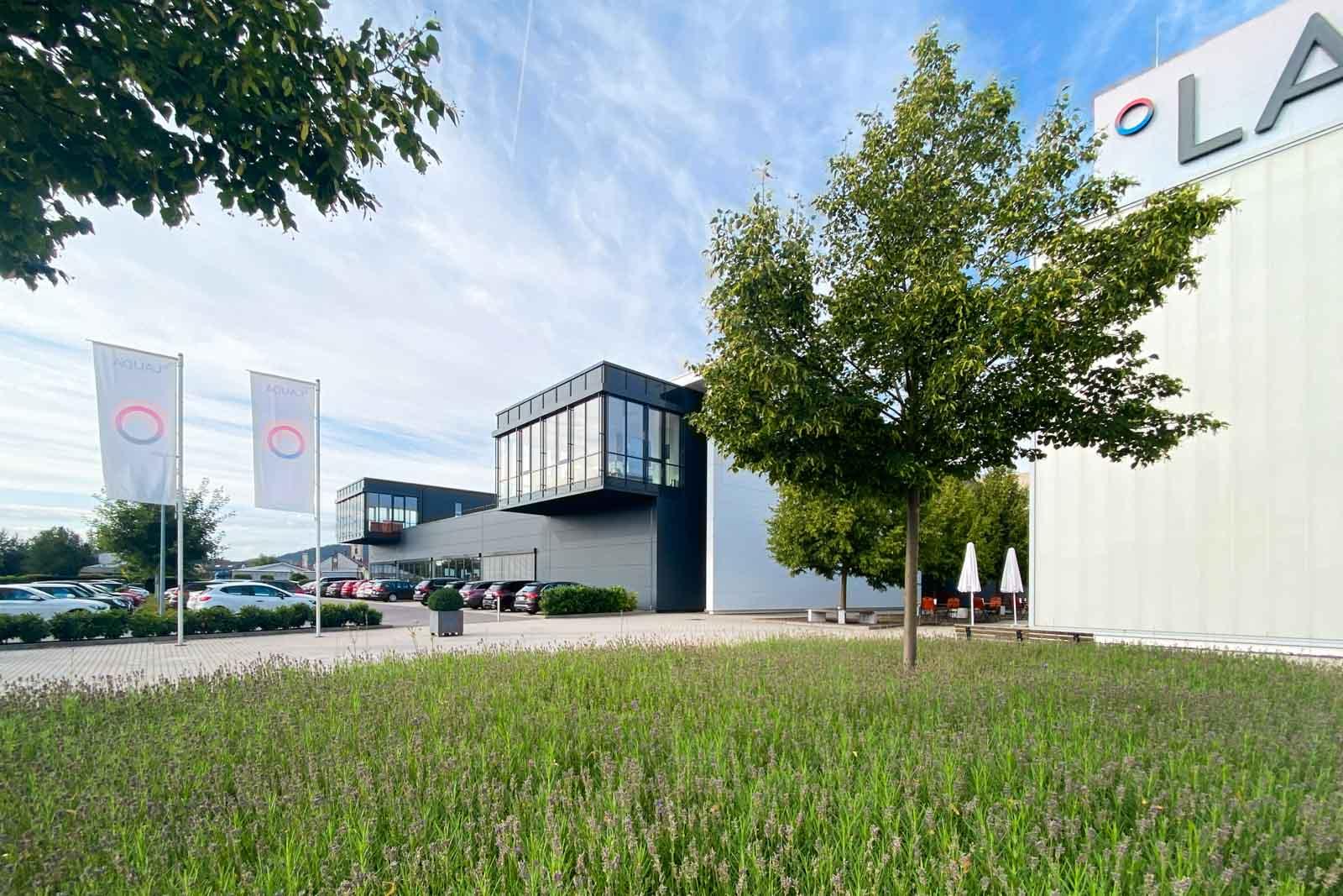 Firma Lauda - Verwaltungsriegel